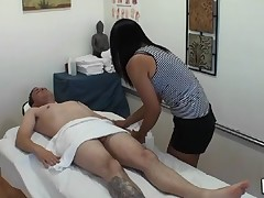 Dude acquires double pleasure from massage and sex